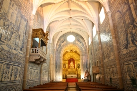 The church in which gowns will be displayed.
