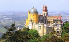 palacio-nacional-da-pena-sintra-portugal_858_big